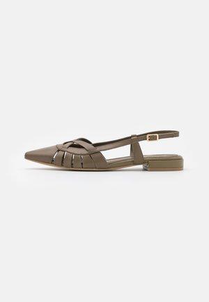 Baleriny - poncho kaki