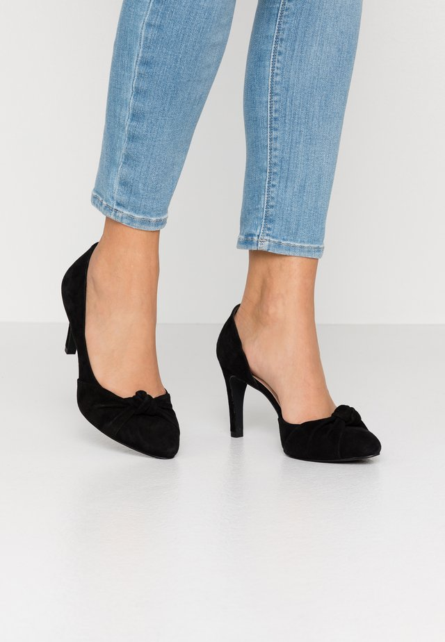 COURT SHOE - Korolliset avokkaat - black