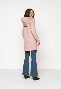 ONLY Petite - ONLSEDONA LIGHT COAT  - Krátký kabát - mocha mousse melange - 3