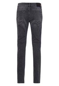 BRAX - STYLE CHUCK - Jean slim - stone grey used - 6