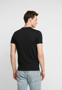 Calvin Klein Jeans - ESSENTIAL SLIM TEE - T-shirt basic - black - 2