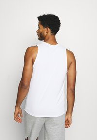 Tommy Hilfiger - TRAINING  - Top - white - 2