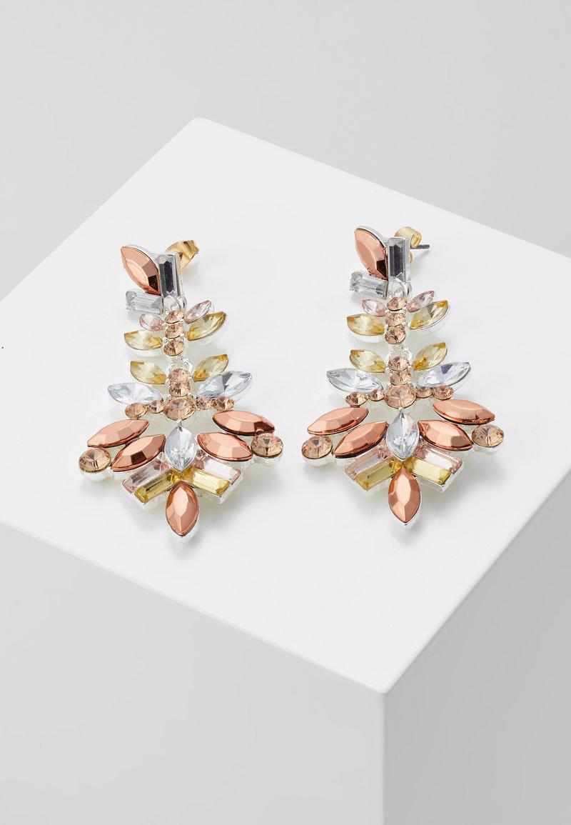 Pieces - PCCHANDELIER EARRINGS - Orecchini - silver-coloured
