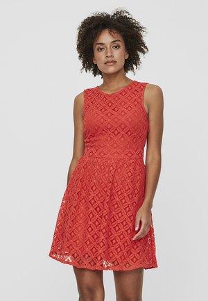VMSIMONE - Vestido de cóctel - red
