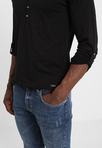 Key Largo - GINGER - Long sleeved top - black - 3
