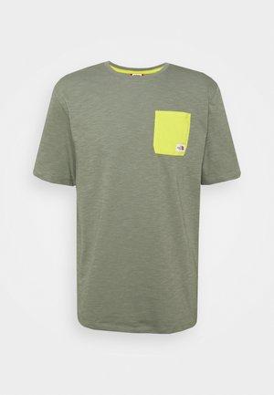 CAMPEN TEE - Print T-shirt - agave green