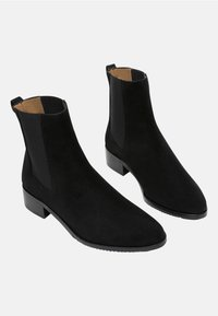 Flattered - LUCILE - Classic ankle boots - black - 2