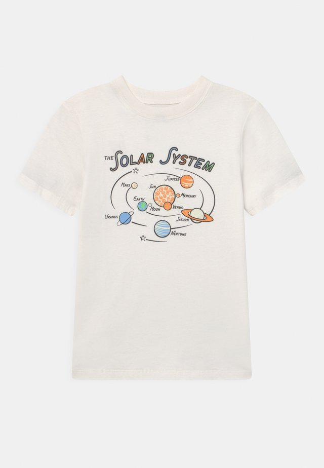 DOWNTOWN SHORT SLEEVE TEE - T-shirts med print - retro white