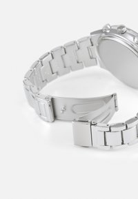 Topman - CHUNKY LINK WATCH - Watch - silver-coloured - 3