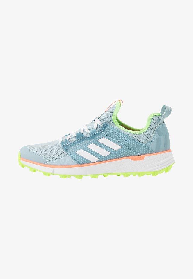 TERREX SPEED LD - Běžecké boty do terénu - ash green/footwear white