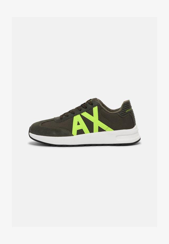 Sneakers basse - fango/lime