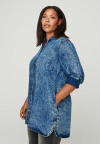 Zizzi - Button-down blouse - blue - 0