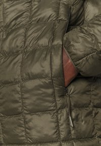 The North Face - THERMOBALL ECO JACKET 2.0 - Vinterjacka - new taupe green - 5