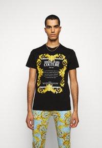 Versace Jeans Couture - MOUSE - T-shirt print - black - 0