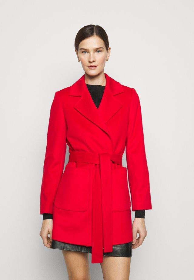 SHORTRUN - Wollmantel/klassischer Mantel - red