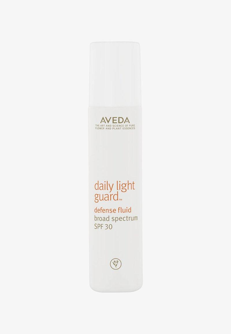 Aveda - DAILY LIGHTGUARD - Face cream - -