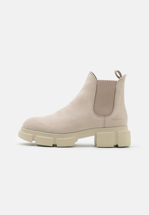 Platform ankle boots - nature