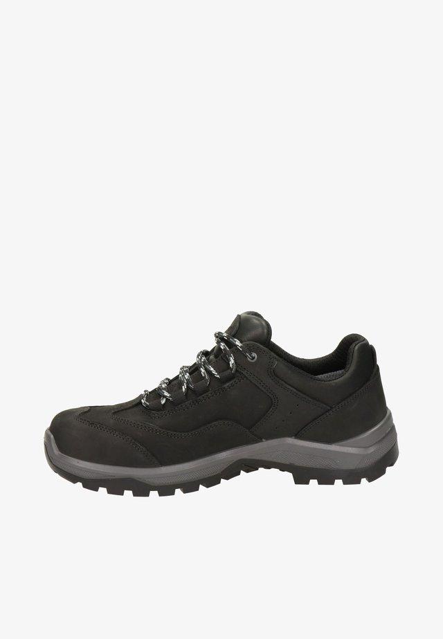 Sportieve veterschoenen - zwart