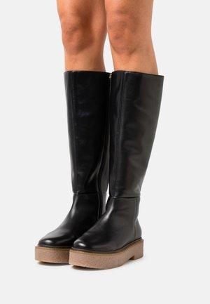 BALANCE HIGH - Platform boots - black