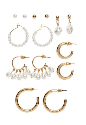 7 PACK - Earrings - gold