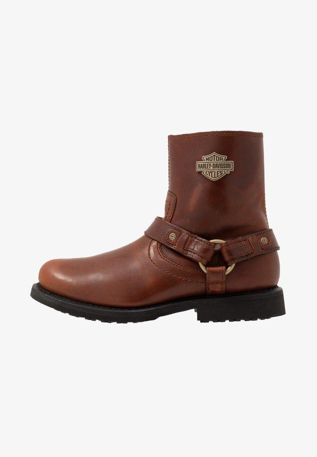 SCOUT - Cowboy/biker ankle boot - rust