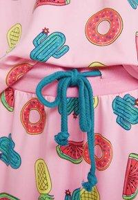 Chelsea Peers - INFLATABLE LONG SET - Pyžamová sada - pink - 5