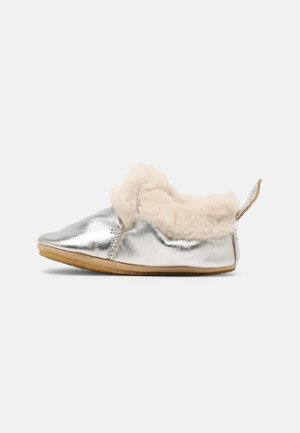 First shoes - silver/off white