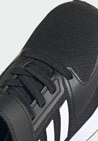 adidas Performance - RUN  2.0 CLASSIC RUNNING - Neutral running shoes - black - 9