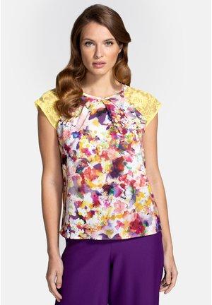 T-shirt z nadrukiem - yellow bouquet