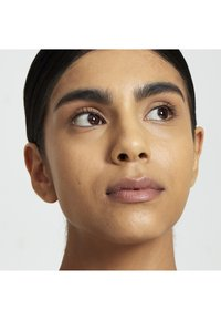 Nyx Professional Makeup - CAN'T STOP WON'T STOP FOUNDATION - Fond de teint - 11 beige - 4