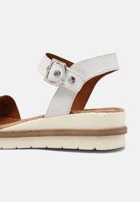 Tamaris - Platform sandals - white - 4