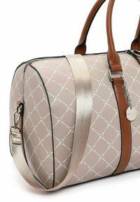 Tamaris - ANASTASIA - Weekend bag - light brown - 4