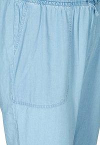 Zizzi - Tracksuit bottoms - light blue - 4