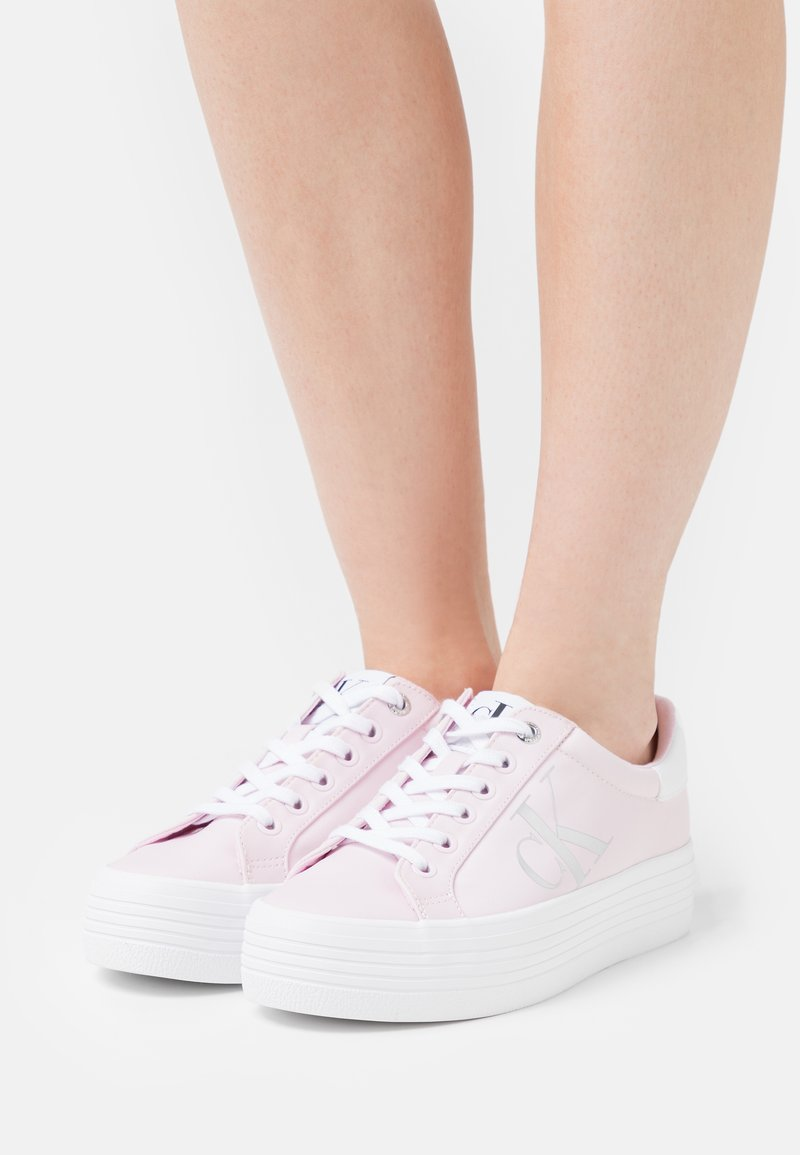 Calvin Klein Jeans - VULCANIZED FLATFORM LACEUP - Joggesko - pearly pink
