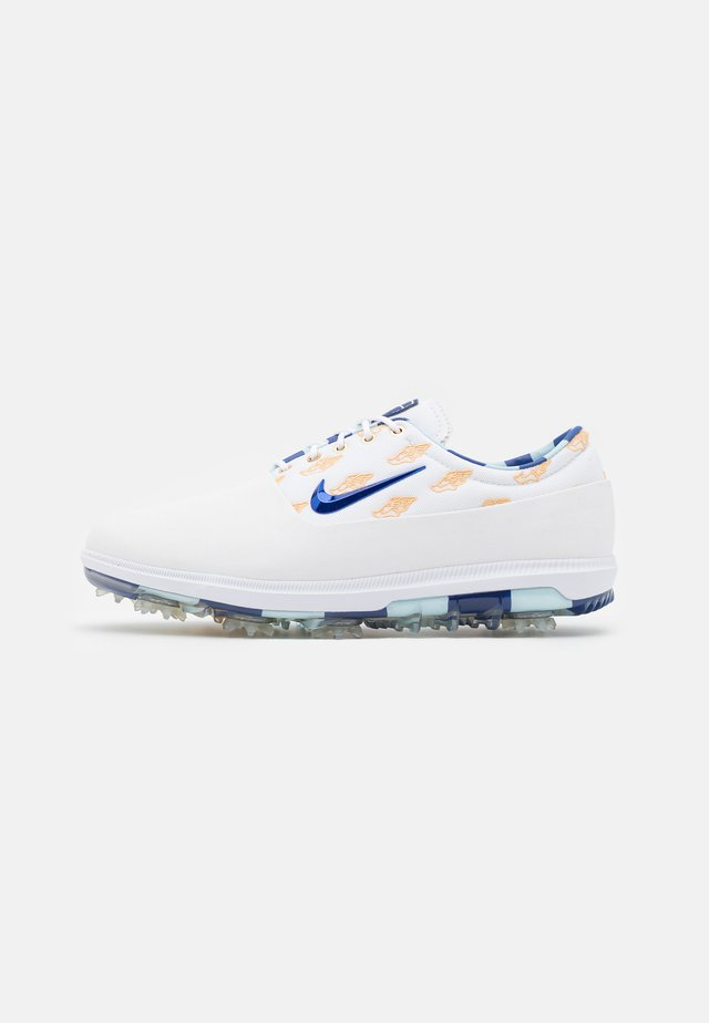AIR ZOOM VICTORY TOUR NRG US OPEN - Zapatos de golf - white/deep royal/topaz mist/celestial gold