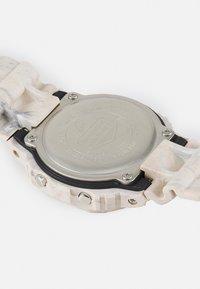 G-SHOCK - UTILITY WAVY MARBLE UNISEX - Digitální hodinky - tan - 3