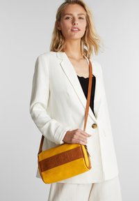 Esprit - MINNESOTA  - Across body bag - brass yellow - 1