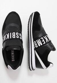 Bikkembergs - HALED - Slip-ons - black/white - 1