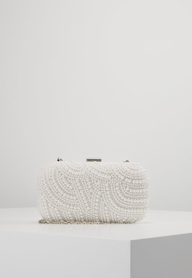 Clutches - ivory