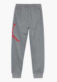 Jordan - JUMPMAN LOGO PANT - Pantalones deportivos - carbon heather - 1