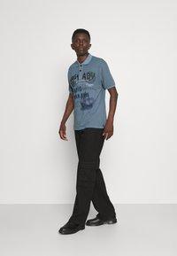 Key Largo - AGENCY - Polo shirt - flintstone blue - 1