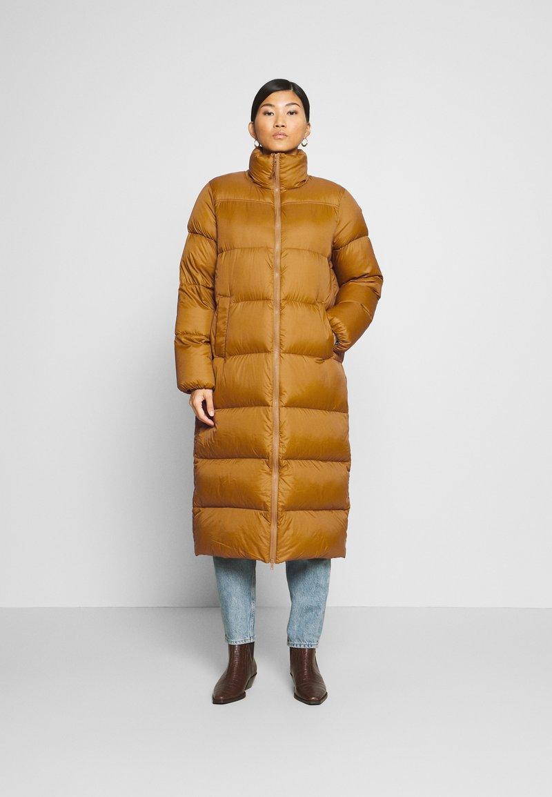 Part Two - EDLA - Down coat - bronze brown