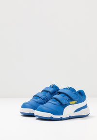 Puma - STEPFLEEX 2 - Trainings-/Fitnessschuh - lapis blue/white/dandelion - 3