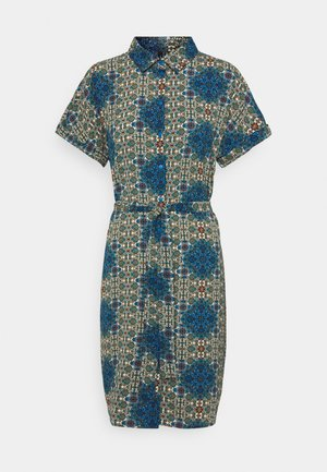 VMSAGA DRESS - Skjortekjole - birch/esmeralda