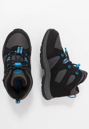 NEPTUNE MIDGTX BUNG - Šněrovací kotníkové boty - black