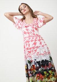 Madam-T - Maxi dress - rosa/weiß - 5