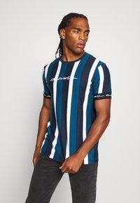 Kings Will Dream - KINGSLEY - T-shirt imprimé - blue/black/white - 0