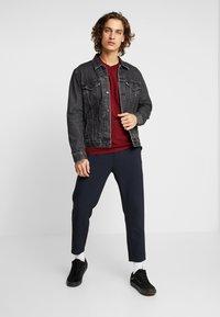 Levi's® - ORIGINAL TEE - T-shirt basique - warm cabernet - 1