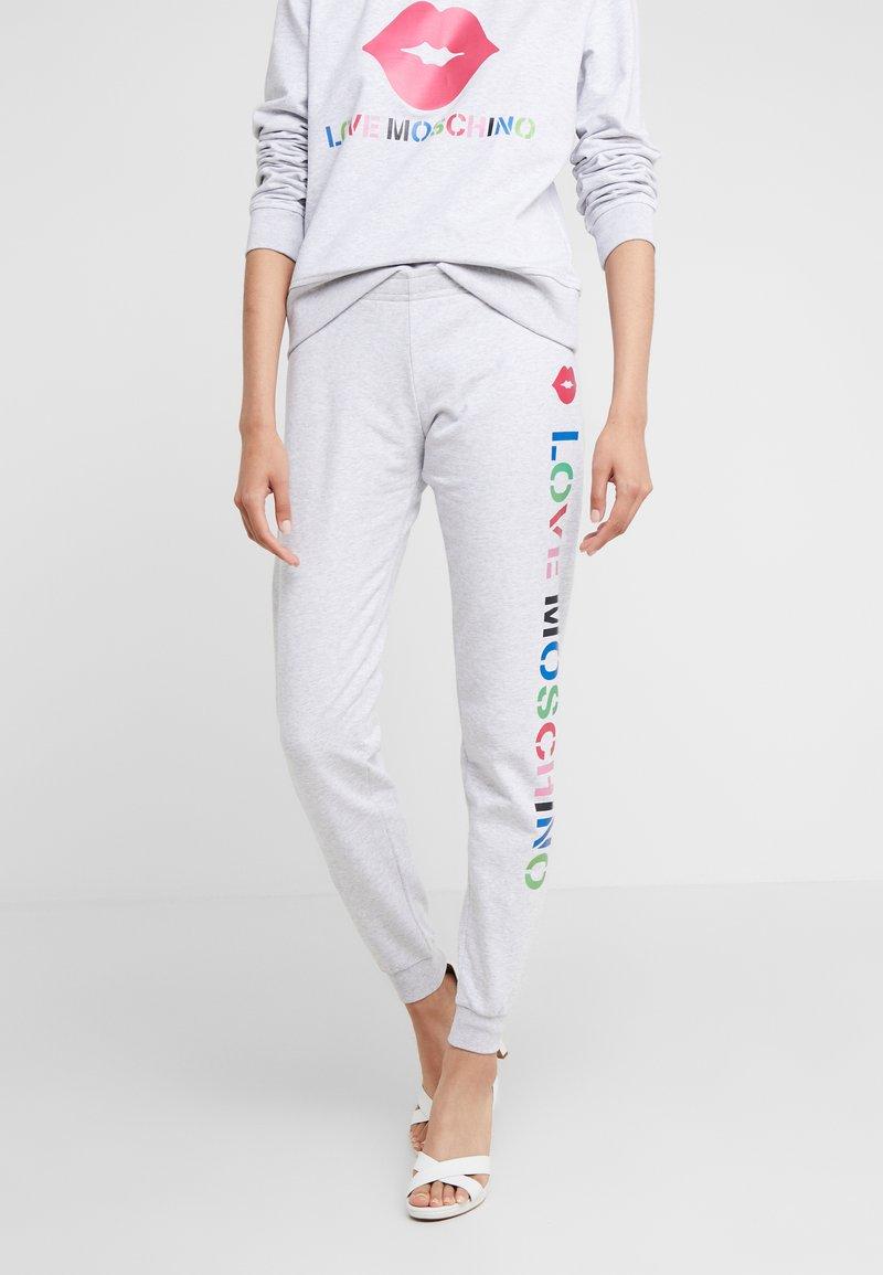 Love Moschino - JOGGER LIP - Pantalon de survêtement - light grey