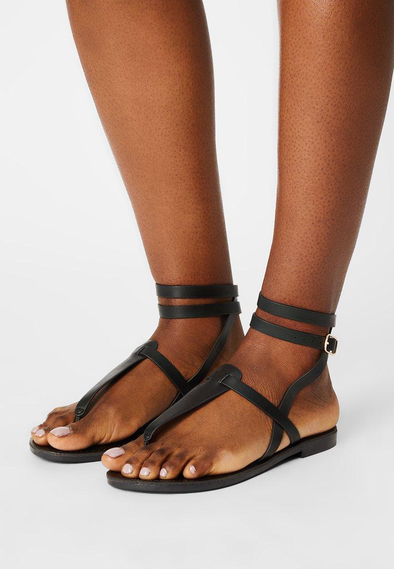 Even&Odd Wide Fit - T-bar sandals - black